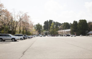 白山比咩神社駐車場