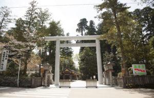 白山比咩神社正面入口の鳥居