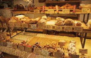あさひ屋ベーカリーハードパンとデニッシュコーナー