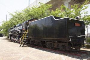 蒸気機関車後ろから