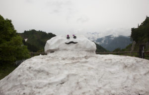 ひゃくまんさん雪だるま