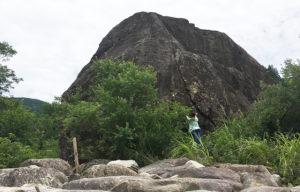 百万貫の岩と私